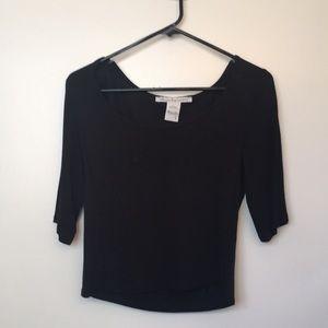 Black 3/4 sleeve crop top